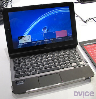 Toshiba-W8-laptab-1-attached-05.jpg