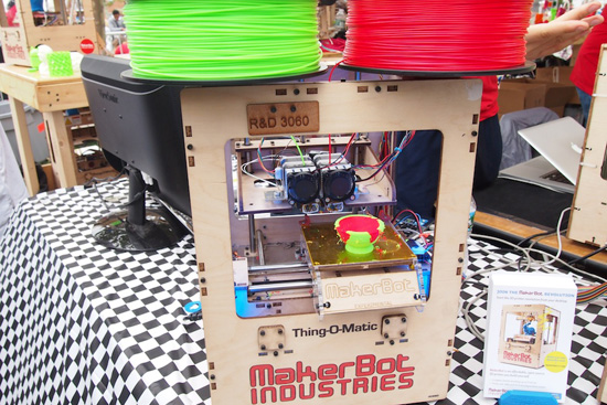 Video: This is why you'll want a 3D printer for Christmas